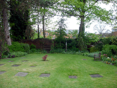 The Qauker Peace Garden Looking Towards Evesham High Street - Click To Enlarge